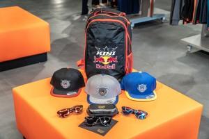 KINI Red Bull Schulanfangspaket Cap